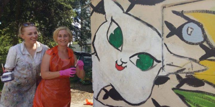 Malowanie kociego muralu